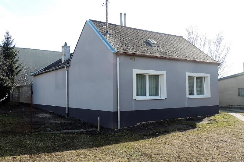 Gemütliches Einfamilienhaus in Ruhelage mit 2 Terrassen und Garage