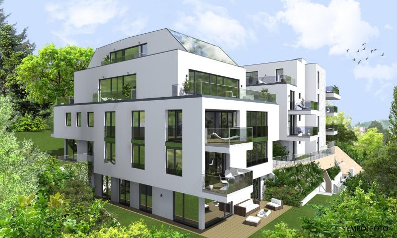 Exklusives 5 Zimmer Appartement mit Garten und Pool!