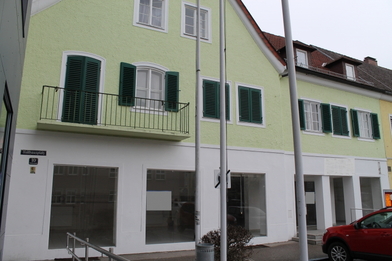 Tolles Geschäftslokal in zentraler Lage von Attnang-Puchheim zu mieten!