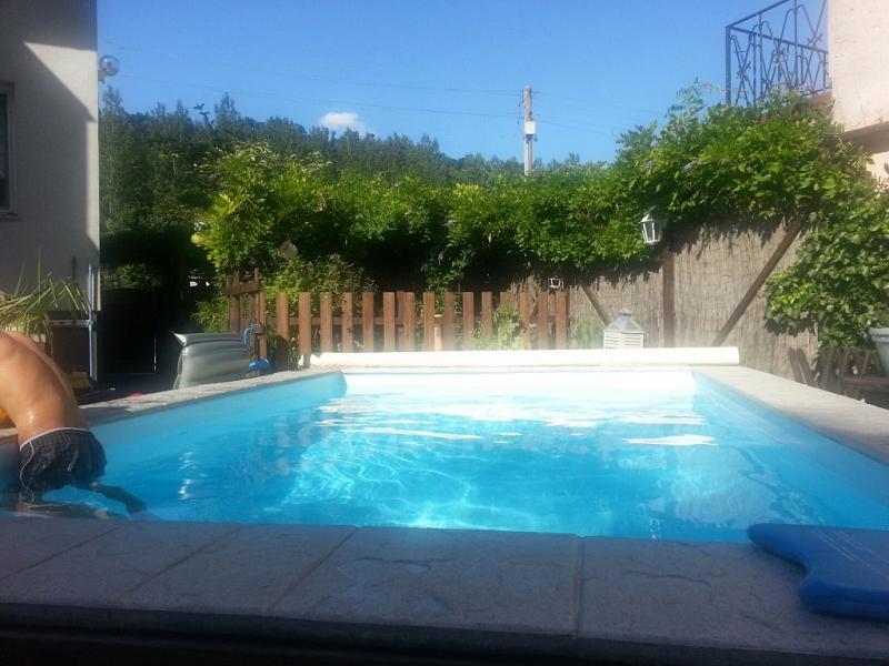 Ein tolles Zweifamilienhaus mit Garten und Pool