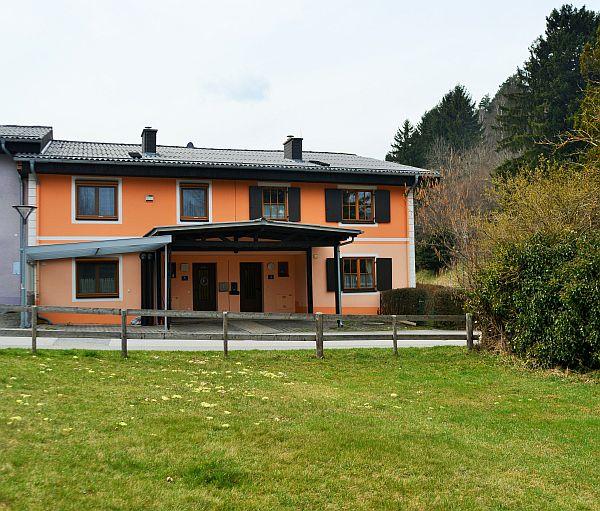Gepflegtes Familien-Eckreihenhaus mit 4 Zimmern