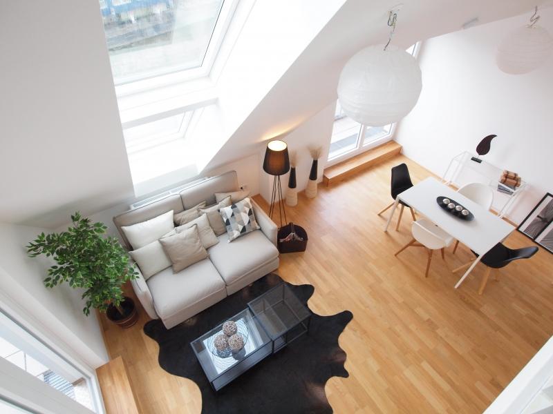 Dachgeschoss-Maisonette-Wohnung - 1.46