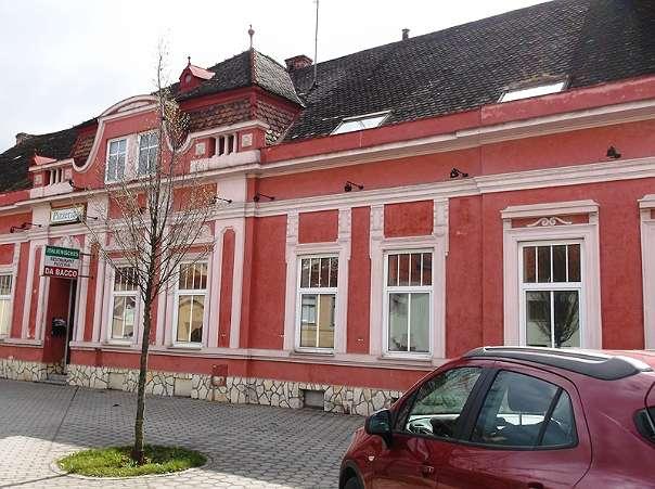 Mehrfamilienhaus oder Gasthof