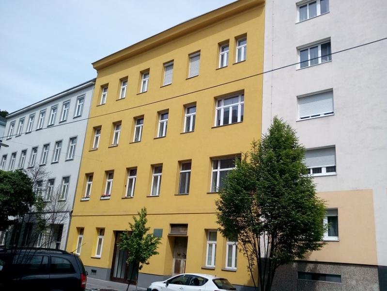 Besser geht nicht- neusanierte Zweizimmer- Wohnung