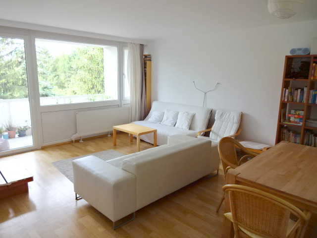Grünruhelage+Hell + Mitbenützung großer toller Garten, 4 Zimmer + Loggia, ca. 100m, 2ter & letzter Stock /  / 1190Döbling / Bild 3