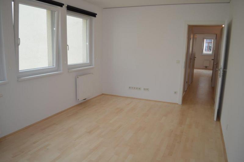 HÖRLGASSE! NEU SANIERTE 64  m2 NEUBAU, 2 Zimmer, Komplettküche, Wannenbad; Parketten, 5. Liftstock;  /  / 1090Wien / Bild 6