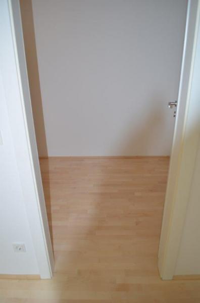 HÖRLGASSE! NEU SANIERTE 64  m2 NEUBAU, 2 Zimmer, Komplettküche, Wannenbad; Parketten, 5. Liftstock;  /  / 1090Wien / Bild 7