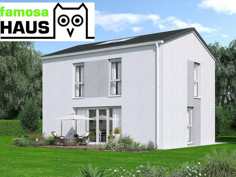 Wohnbaugefördertes Einfamilienhaus, vollunterkellert mit Gartenoase (Eigengrund) und 2 Parkplätzen.