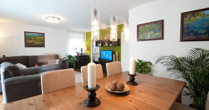 Niedrigenergie - Einzelhaus, vollunterkellert mit Eigengrund. TÜV-Austria baubegleitet! /  / 2320Schwechat / Bild 1