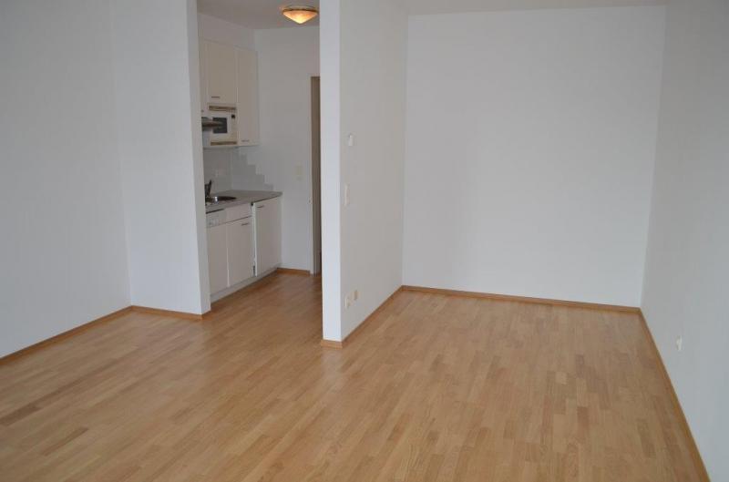 BILLROTHSTRASSE, sonnige 31 m2 Neubau-Garconniere, Einzelwohnraum mit Kochnische, Wannenbad, Parketten;  inklusive Garagenplatz /  / 1190Wien / Bild 4