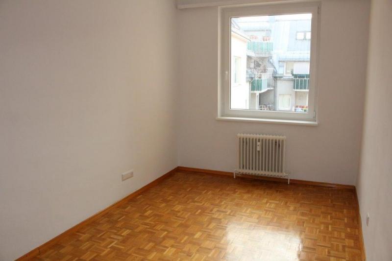 TREUSTRASSE, sonnige 74 m2 Neubau, 2 Zimmer, Wohnküche, Wannenbad,  /  / 1200Wien / Bild 3