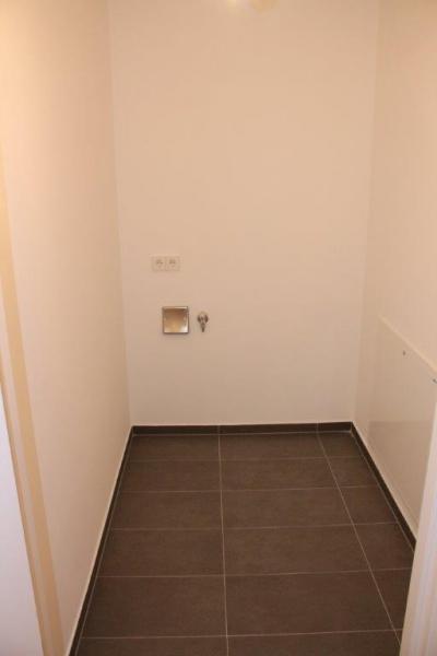ERSTBEZUG! DIREKT AM GRÜNEN PRATER,  sonnige 48 m2 Neubau mit 12 m2 Terrasse, 2 Zimmer, Komplettküche, Wannenbad, Parketten, /  / 1020Wien / Bild 7
