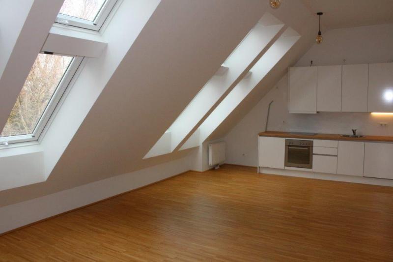 DACHGESCHOSS! WASAGASSE; SONNIGE 51 m2 NEUBAU, 2 Zimmer, Komplettküche, Duschbad; Parketten; Ruhelage