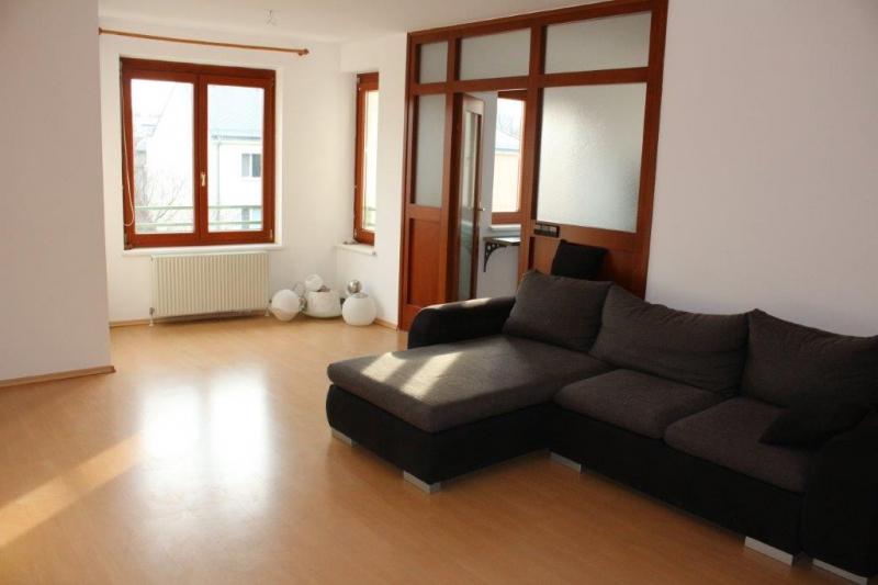 LEHMANNGASSE, sonnige 60 m2 Neubau, 2 Zimmer, Extraküche, Wannenbad, Parketten, 3. Liftstock, hofseitige Ruhelage;