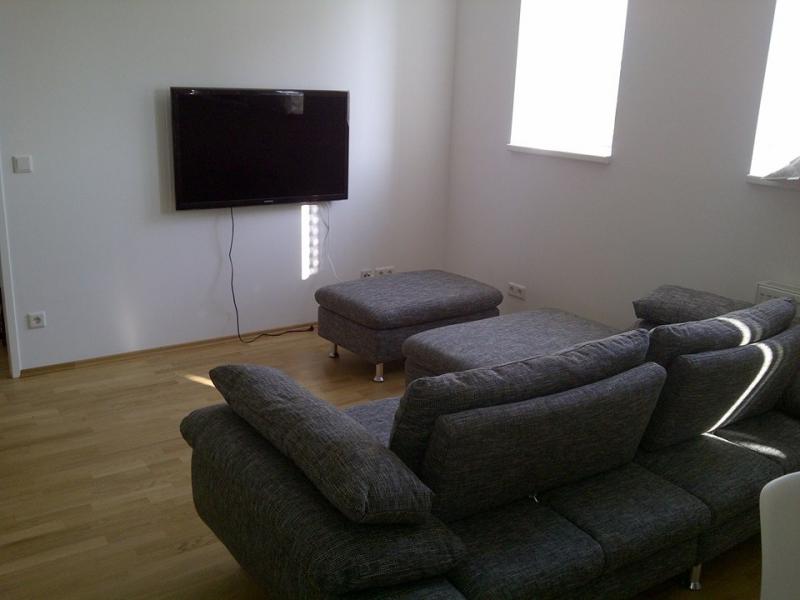 1070 Wien, voll möblierte 2 Zimmer DG-Wohnung