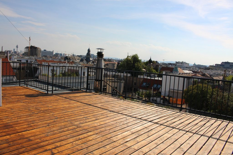 DACHGESCHOSSTRAUM! WEISSGERBERLÄNDE, ERSTBEZUG!  klimatisierte 207 m2 Wohnfläche zzgl. 62 m2 Dachterrasse; großer Wohnsalon,