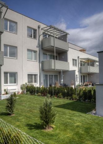 gbild -- Lichtdurchflutete 3-Zimmer-Wohnung mit Eigentumsoption /  / 2604Theresienfeld / Bild 1
