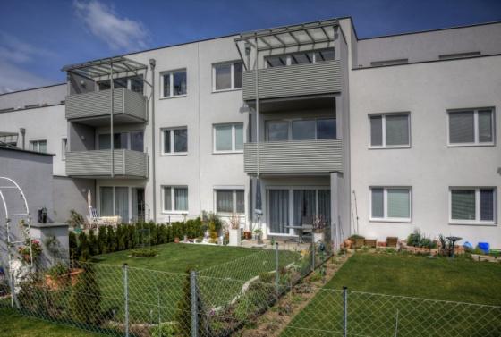 gbild -- Lichtdurchflutete 3-Zimmer-Wohnung mit Eigentumsoption /  / 2604Theresienfeld / Bild 2