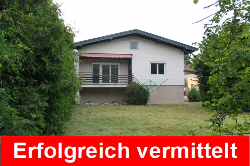 Charmantes kleines Einfamilienhaus in Plankenberg!