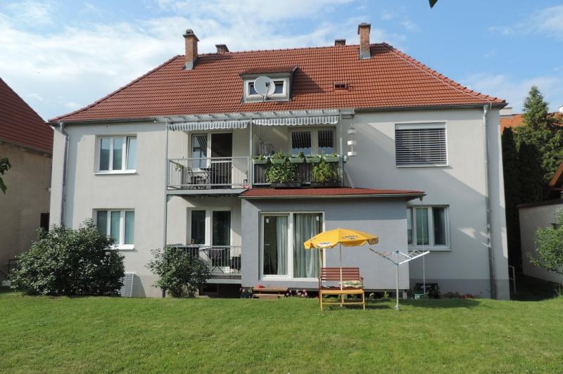 gbild -- Wohnen im Grünen - 2-Zimmerwohnung mit Balkon und Garten  /  / 2410Hainburg an der Donau / Bild 1