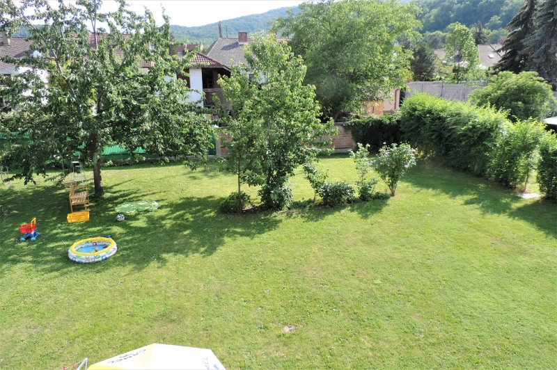 jpgcnt ---- Wohnen im Grünen - 2-Zimmerwohnung mit Balkon und Garten  /  / 2410Hainburg an der Donau / Bild 0