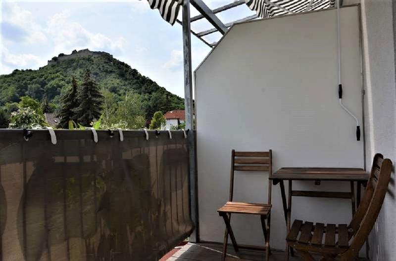 jpgcnt ---- Wohnen im Grünen - 2-Zimmerwohnung mit Balkon und Garten  /  / 2410Hainburg an der Donau / Bild 1