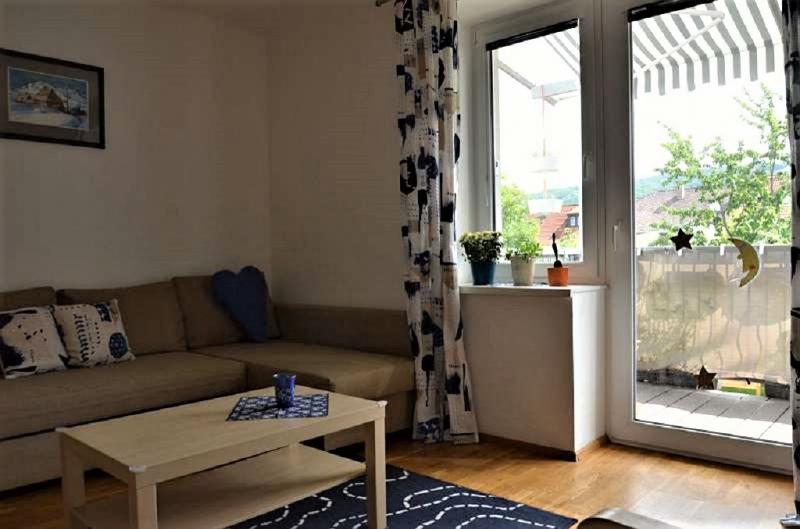 jpgcnt ---- Wohnen im Grünen - 2-Zimmerwohnung mit Balkon und Garten  /  / 2410Hainburg an der Donau / Bild 3