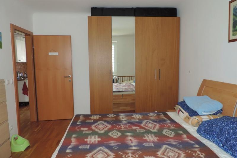 gbild -- Wohnen im Grünen - 2-Zimmerwohnung mit Balkon und Garten  /  / 2410Hainburg an der Donau / Bild 7