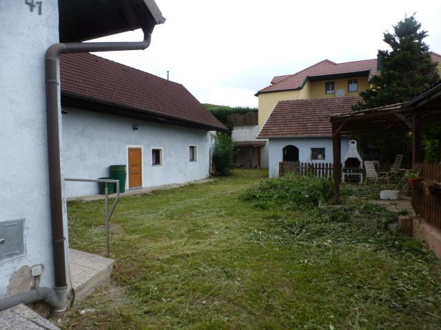 gbild -- Renovierungsbedürftiges Kleinanwesen südlich von Krems /  / 3133Wagram ob der Traisen / Bild 4