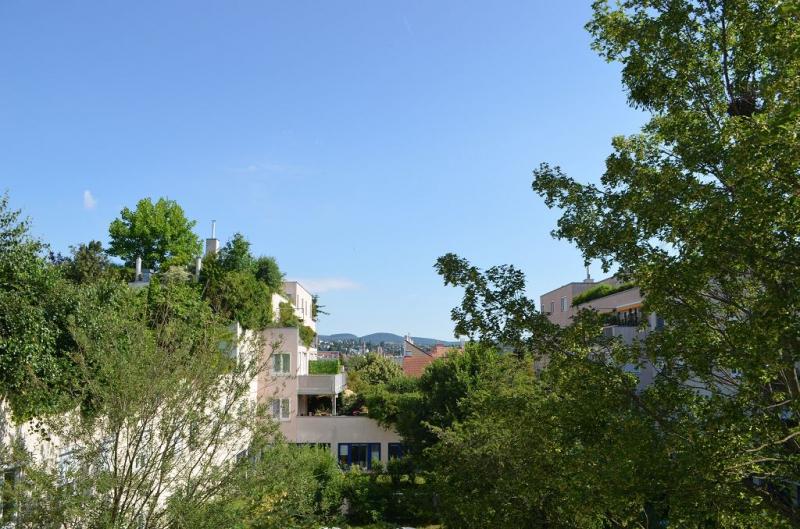 ERSTBEZUG! DEGENGASSE! unbefristete 95 m2 Neubau mit 6 m2 Balkon,Wohnküche, 3 Zimmer, 3er-WG-geeignet, Wannenbad, Parketten;  /  / 1160Wien / Bild 6