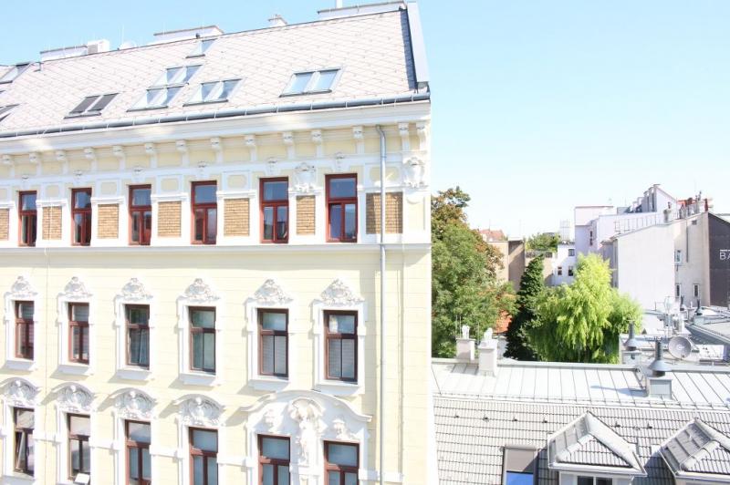 AYRENHOFFGASSE - NUSSDORFER STRASSE, unbefristete 81 m2 Altbau,  2 Zimmer, Kabinett, Komplettküche, Wannenbad, Parketten,  /  / 1090Wien / Bild 3