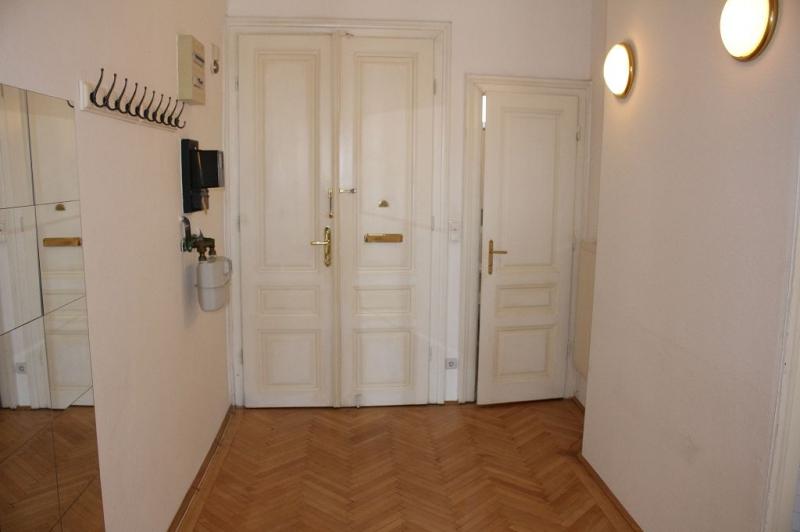 AYRENHOFFGASSE - NUSSDORFER STRASSE, unbefristete 81 m2 Altbau,  2 Zimmer, Kabinett, Komplettküche, Wannenbad, Parketten,  /  / 1090Wien / Bild 6