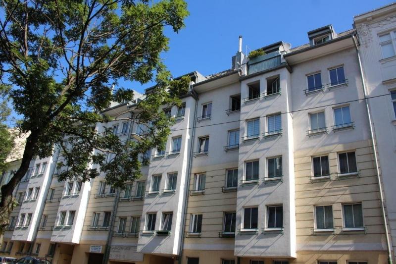 HARDTGASSE; SONNIGE  50 m2 NEUBAU, U4/U6-Nähe; 2 Zimmer, Kochnische, Wannenbad; Parketten, 4. Liftstock