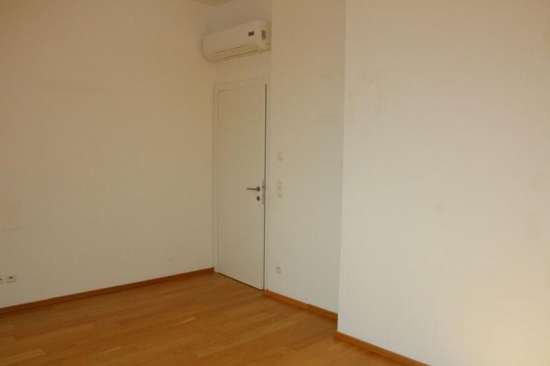jpgcnt ---- BÖCKLINSTRASSE! PRATERCOTTAGE-DONAUKANAL-NÄHE, klimatisiertes 144 m2 Dachgeschoß mit 48 m2 Terrassen/Loggia, 3 Zimmer, Komplettküche, Wannenbad, Fernblick, unbefristet! /  / 1020Wien / Bild 1