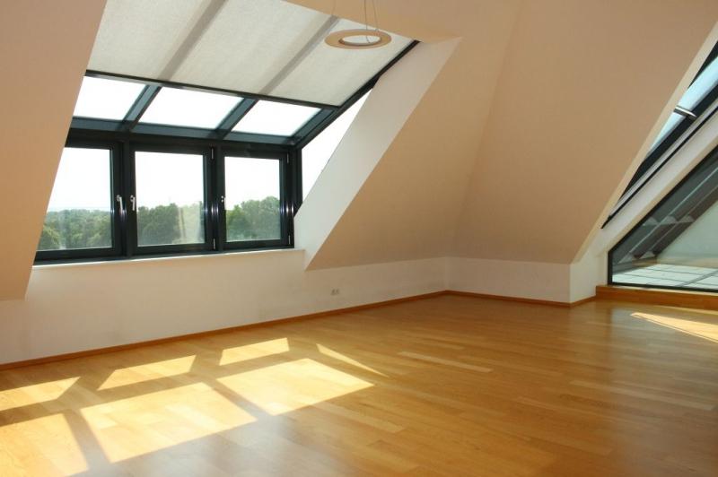 jpgcnt ---- BÖCKLINSTRASSE! PRATERCOTTAGE-DONAUKANAL-NÄHE, klimatisiertes 144 m2 Dachgeschoß mit 48 m2 Terrassen/Loggia, 3 Zimmer, Komplettküche, Wannenbad, Fernblick, unbefristet! /  / 1020Wien / Bild 8