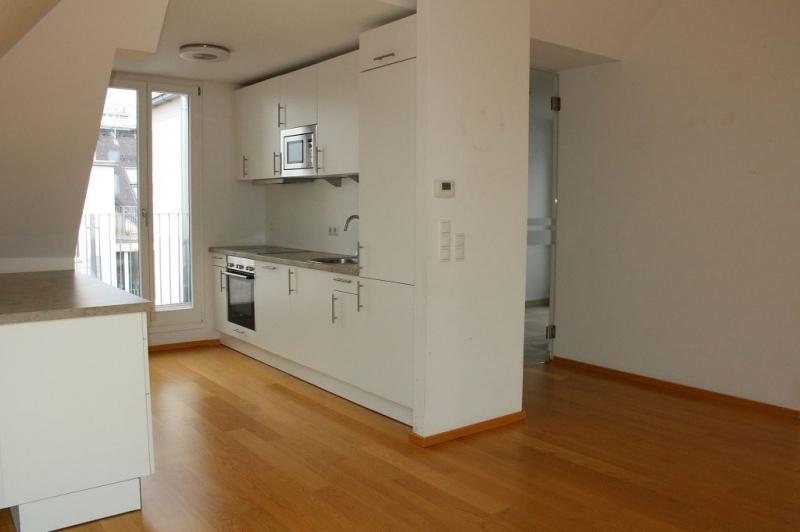 gbild -- BÖCKLINSTRASSE! PRATERCOTTAGE-DONAUKANAL-NÄHE, klimatisiertes 144 m2 Dachgeschoß mit 48 m2 Terrassen/Loggia, 3 Zimmer, Komplettküche, Wannenbad, Fernblick, unbefristet! /  / 1020Wien / Bild 3