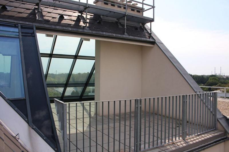 gbild -- BÖCKLINSTRASSE! PRATERCOTTAGE-DONAUKANAL-NÄHE, klimatisiertes 144 m2 Dachgeschoß mit 48 m2 Terrassen/Loggia, 3 Zimmer, Komplettküche, Wannenbad, Fernblick, unbefristet! /  / 1020Wien / Bild 8