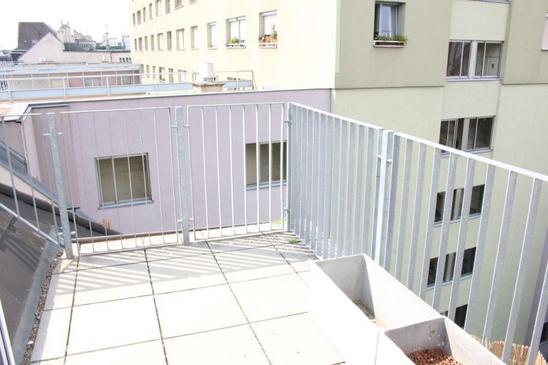 gbild -- BÖCKLINSTRASSE! PRATERCOTTAGE-DONAUKANAL-NÄHE, klimatisiertes 144 m2 Dachgeschoß mit 48 m2 Terrassen/Loggia, 3 Zimmer, Komplettküche, Wannenbad, Fernblick, unbefristet! /  / 1020Wien / Bild 9