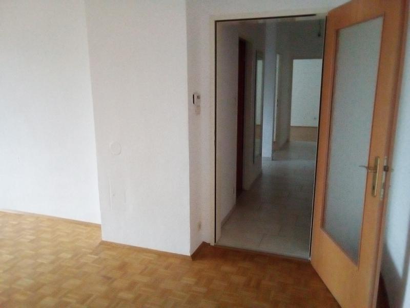 gbild -- Erster Liftstock: 3 Zimmer mit 2 Loggien- Vermietung befristet /  / 2100Korneuburg / Bild 4
