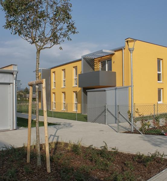 gbild -- Stilvolle, provisionsfreie 3-Zimmer-Wohnung mit Balkon /  / 2412Wolfsthal / Bild 0