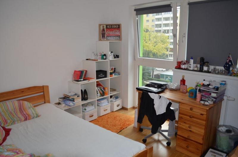 BERNHARDTSTALGASSE; UNBEFRISTETE 85 m2 ALTBAU,  4 Zimmer,3er-WG-geeignet, Komplettküche, Wannenbad, Parketten;   /  / 1100Wien / Bild 7