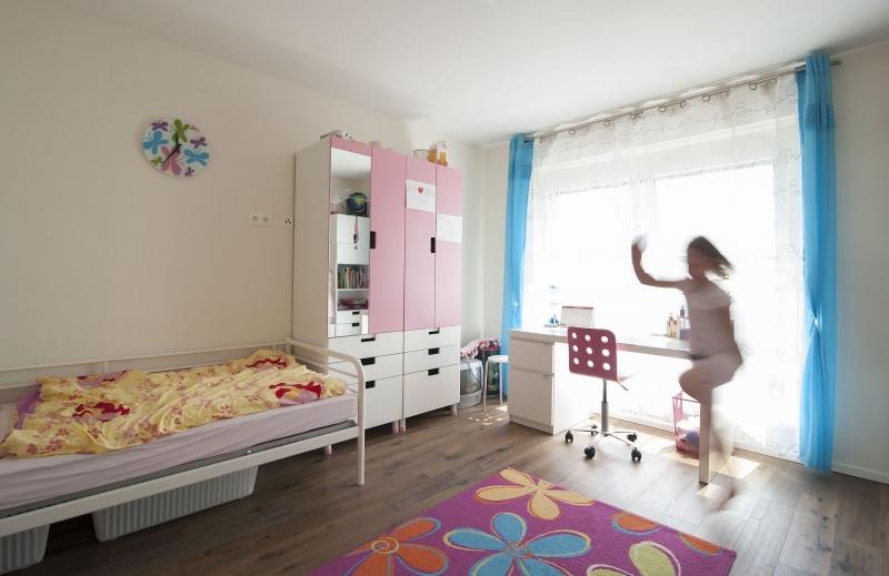 Geräumiges Einzelhaus, vollunterkellert mit Sonnngarten (Eigengrund) und Parkplatz. Provisionsfrei.  /  / 2100Korneuburg / Bild 2