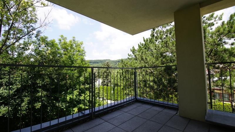 Elegante 4 Zimmer-Wohnung mit 2 Balkone