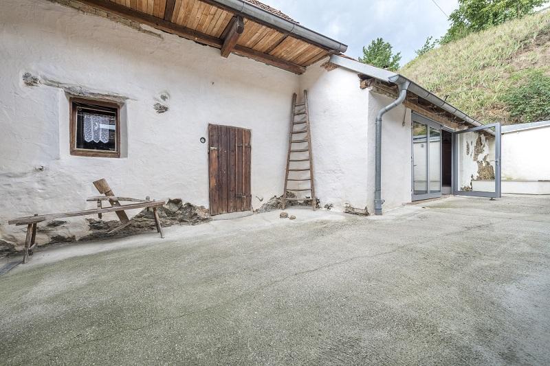 gbild -- Rustikales Wohnhaus in Langenlois /  / 3550Langenlois / Bild 0