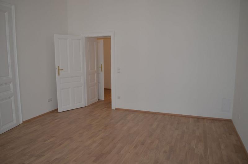 jpgcnt ---- ERSTBEZUG! REMBRANDTSTRASSE! Donaukanal-Nähe, 130 m2 Altbau, 3 Zimmer, 3er-WG-geeignet, Wohnküche, 2 Bäder, Parketten, Ruhelage /  / 1020Wien / Bild 0