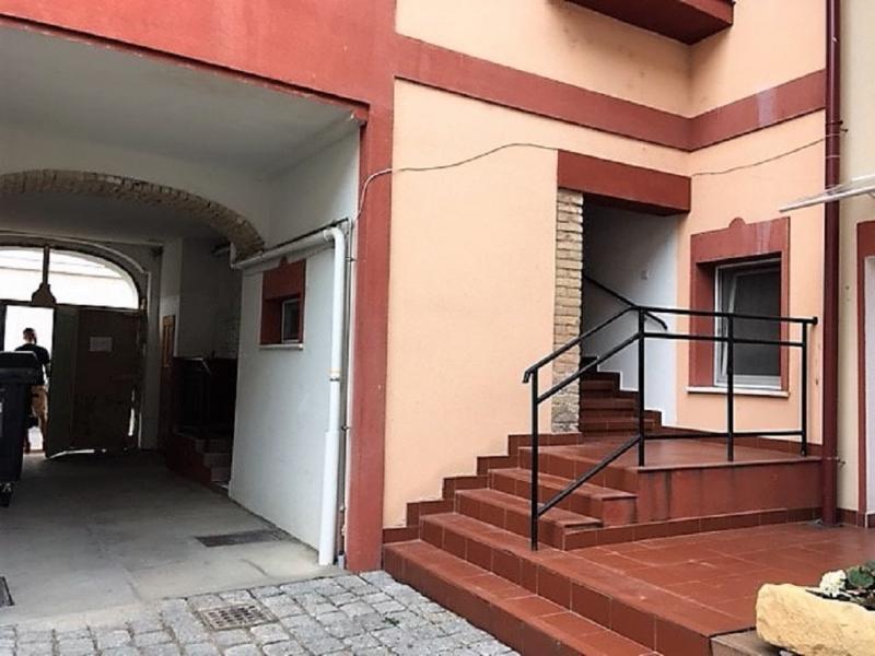gbild -- Stilvolle 3,5-Zimmer Wohnung für gehobene Ansprüche /  / 2410Hainburg an der Donau / Bild 1