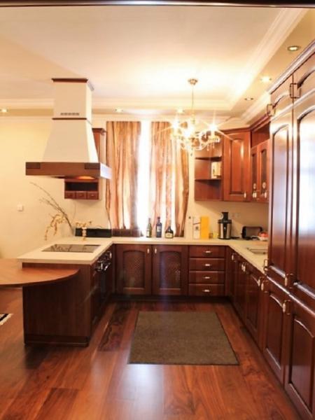 jpgcnt ---- Stilvolle 3,5-Zimmer Wohnung für gehobene Ansprüche /  / 2410Hainburg an der Donau / Bild 1
