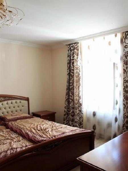 jpgcnt ---- Stilvolle 3,5-Zimmer Wohnung für gehobene Ansprüche /  / 2410Hainburg an der Donau / Bild 4