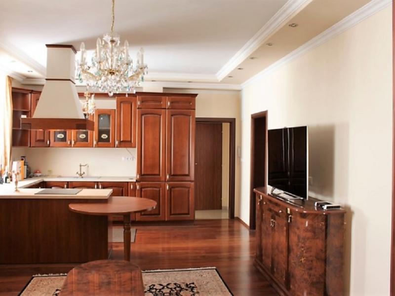 gbild -- Stilvolle 3,5-Zimmer Wohnung für gehobene Ansprüche /  / 2410Hainburg an der Donau / Bild 4