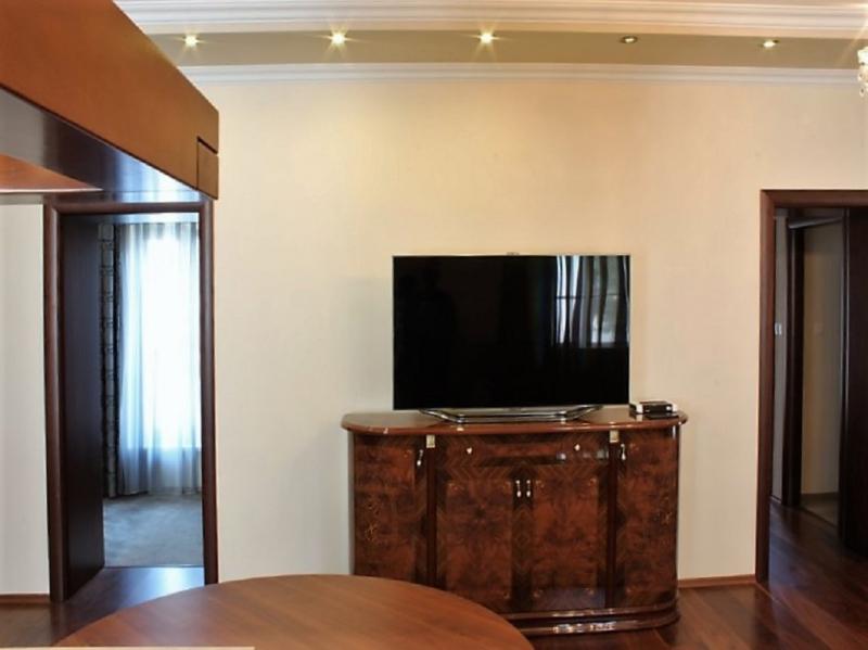 gbild -- Stilvolle 3,5-Zimmer Wohnung für gehobene Ansprüche /  / 2410Hainburg an der Donau / Bild 9